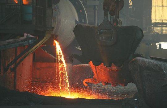 Cobre cae en un 0,92% llegando a US$ 3,21 la libra en la Bolsa de Metales de Londres