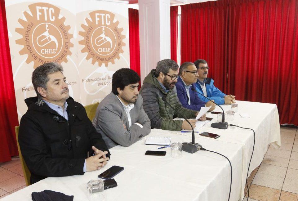 SINDICATOS DE CODELCO LLAMAN A APROBAR ROYALTY MINERO Y RENACIONALIZAR TODOS LOS RECURSOS NATURALES