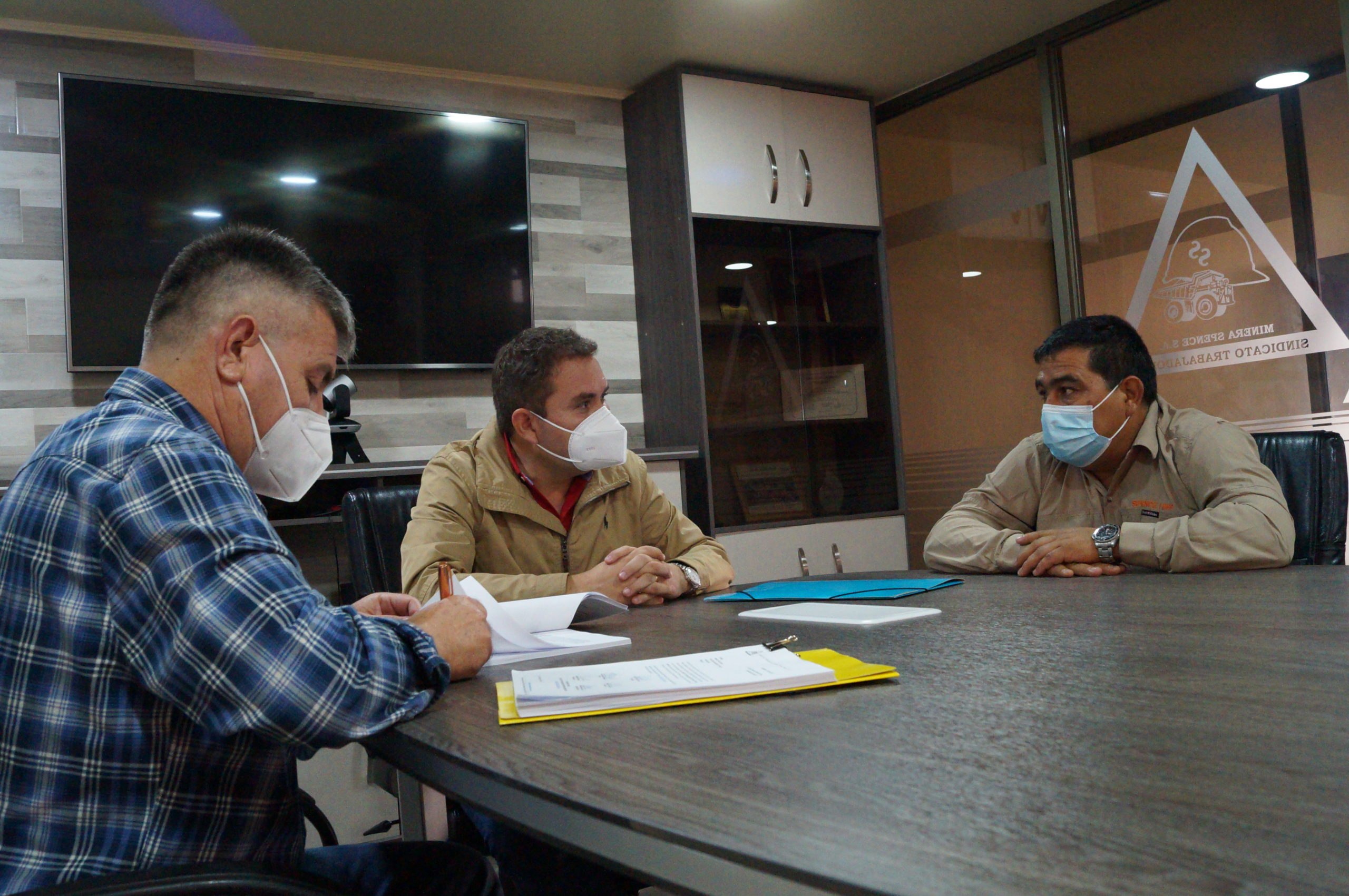 SINDICATO SPENCE INICIÓ PROCESO DE NEGOCIACIÓN REGLADA CON PRESENTACIÓN DE SU PROYECTO DE CONTRATO COLECTIVO
